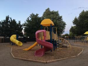 Discoveries preschool sparks playground 3